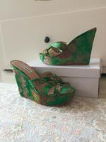 Used New wedges stevemadden in Dubai, UAE