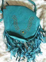 Cute purse with fringe