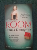 Used ROOM Emma Donoghue in Dubai, UAE