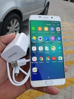 Used Samsung S6 Edge With Changer and Headpho in Dubai, UAE