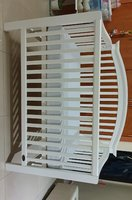Used Crib / Cot in Dubai, UAE