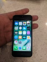 Used Apple iPhone 5 16GB FaceTime minor scrat in Dubai, UAE