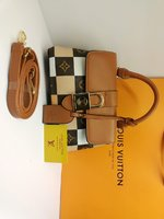 Used Louis Vuitton sling bag brown in Dubai, UAE