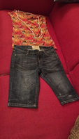 Used Knee length jeans &small size tshirt  in Dubai, UAE