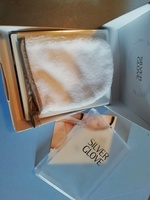 Silver glove, make up remover
