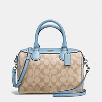 Used Coach mini bennett bag in Dubai, UAE