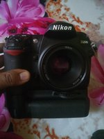Used Nikon D200 with 50mm prime lens and more in Dubai, UAE
