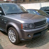 Used Range Rover HSE in Dubai, UAE
