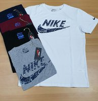 Used Nike new design  T-shirt 5 pieces in Dubai, UAE