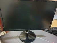 Used Samsung 19 inch monitor Vga only in Dubai, UAE