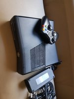 Used Xbox 360 250gb with one controller in Dubai, UAE
