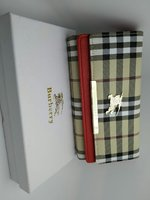 Burberry pouch for Ladies