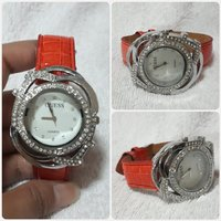 Red GUESS watch for lady fabulous
