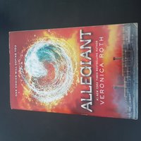 Used Book for sale - Allegiant in Dubai, UAE