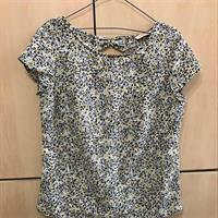 Used Camaieu ladies Blouse in Dubai, UAE