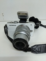 Used Olympus pen lite E-PL3 👍 in Dubai, UAE