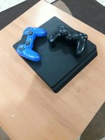 Used Ps4 slim 1tb with 2 controllers in Dubai, UAE