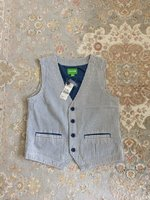 Used Boys vest in Dubai, UAE