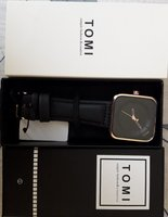 Used mens watch and wallet in Dubai, UAE