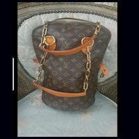 Used AUTHENTIC Louis Vuitton Monogram Bag in Dubai, UAE