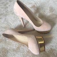 Used Charlotte olympia classic shoes in Dubai, UAE