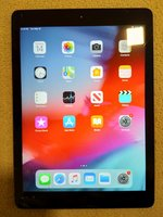Used iPad Air 1st gen 16GB screen broken in Dubai, UAE