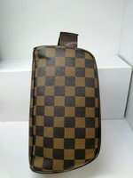 Used Louis vuitton Bag NEW in Dubai, UAE