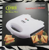 Used Cyber new toast/sandwich maker in box in Dubai, UAE