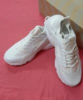 Used Breathable edition sneakers, 42 ! in Dubai, UAE