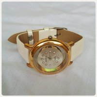 Fabulous gold ofwhite watch new...😚