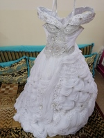Used Wedding dress used in Dubai, UAE