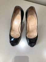 Used Louboutin used shoes in Dubai, UAE