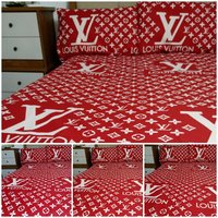 Used fitted bedsheet in Dubai, UAE