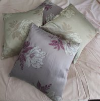 Used 4 cushions in Dubai, UAE