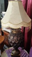 Used A beautiful table lamp awaits you in Dubai, UAE