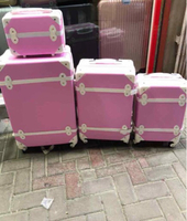 Used 3 pcs trolley bag with beauty case  in Dubai, UAE