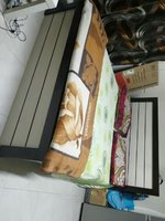 Used Queen size bed set in Dubai, UAE
