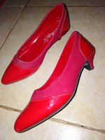 Used Red pumps in Dubai, UAE