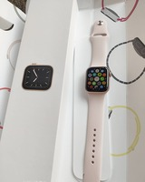 Used Apple 🍎 Smart Watch S5 in Dubai, UAE