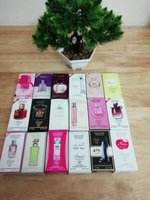 Used (18pcs)women smart collection perfume in Dubai, UAE