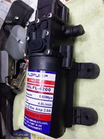 Used 1 gpm 12 volt pressure pump in Dubai, UAE