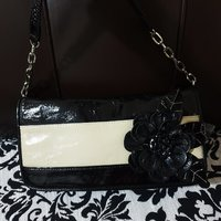 Used Pretty handbag in Dubai, UAE