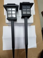 Used Solar garden lights 4 pieces in Dubai, UAE