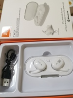 Used JbL TWS 4 wireless Earbuds White in Dubai, UAE