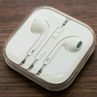 Used Apple Earphone in Dubai, UAE