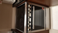 Used Stove with built in oven and  hood in Dubai, UAE