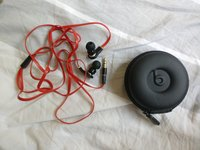 Used Beats tour earphones (used) in Dubai, UAE