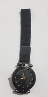 quartz watch with magnetic straps
