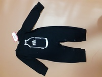 Used Baby dress for one year old unisex in Dubai, UAE