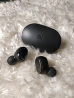 Used Mi Earbuds New 😍. in Dubai, UAE